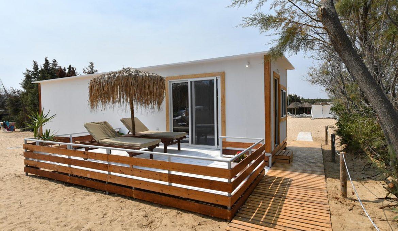 Beach Front Suites (cabanas)